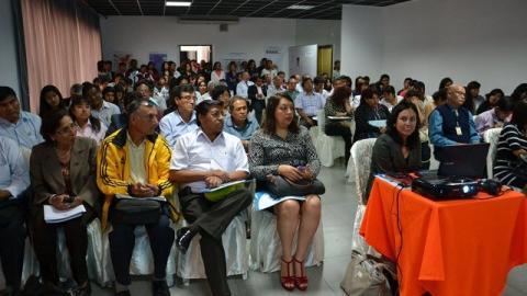MCLCP- LAMBAYEQUE REALIZA CAMPAÑA PARA PREVENIR RIESGOS POR FENÓMENO EL NIÑO 2015-2016