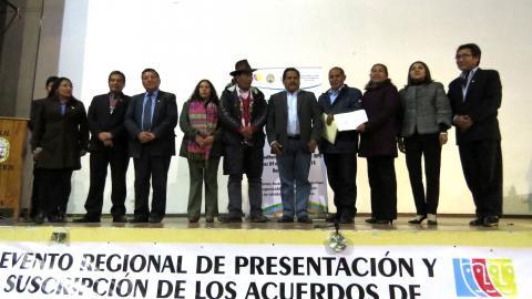 ACUERDO DE GOBERNABILIDAD DE HUANCAVELICA 2019 – 2022 SUSCRITO POR  TODOS LOS CANDIDATOS AL GOBIERNO REGIONAL