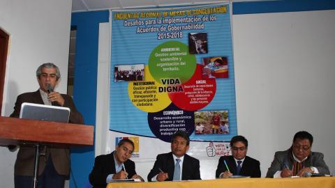 Participación de Federico Arnillas en encuentro de Amazonas