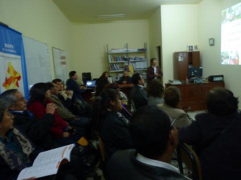 Mesa regional de Tacna realiza taller de fortalecimiento de capacidades al CER en temas de salud pública, vigilancia de programas sociales y DIT / SM