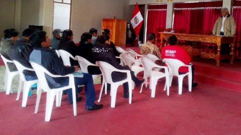 MCLCP provincial de Huancane se reactiva con presentación de cartilla informativa para prevenir las IRAS por  las heladas