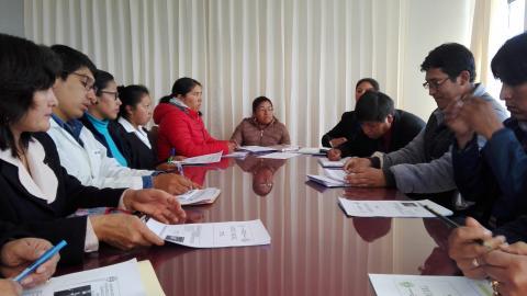 MCLCP regional de Puno participa en reunión de articulación de gobierno local de Paucarcolla y programas sociales