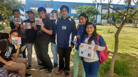 """Jóvenes de la universidad José Faustino Sánchez Carrión participan en consulta ciudadana """"La Voz de Mi Comunidad"""""""