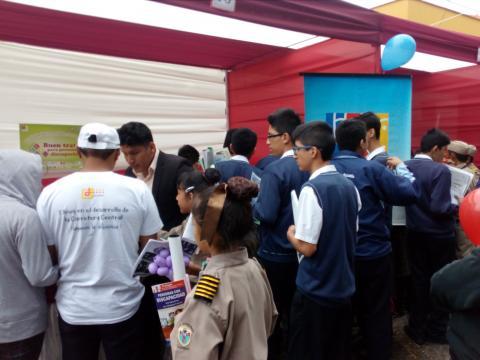 Feria Informativa Llapanchikpaq Justicia en Huánuco