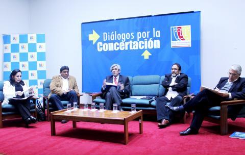 """Mesa de Concertación en Diálogo """"Propuestas para crecer en bienestar"""""""