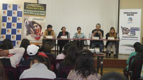 En Foro Regional se firmó el Pacto Social por la Igualdad de Derechos y contra la violencia hacia la mujer en Apurímac