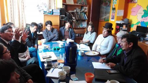La MCLCP se reunió con el equipo de la Oficina d Derechos Humanos y Medio Ambiente